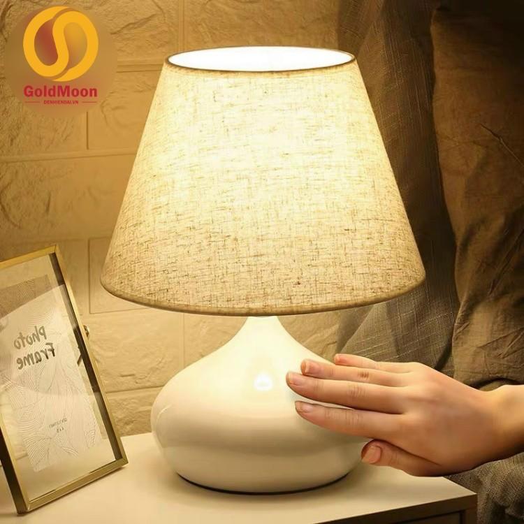 Đèn bàn trang trí, đèn ngủ hiện đại 6619