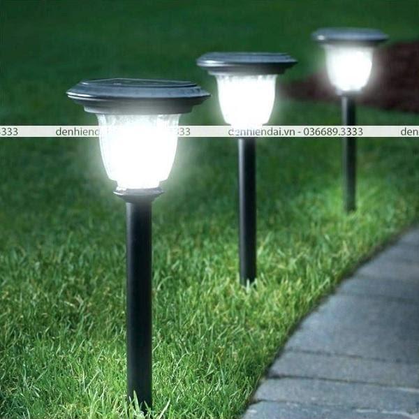 Sản phẩm đèn trụ đứng sân vườn dự báo sẽ được nhiều gia đình quan tâm trong tương lai