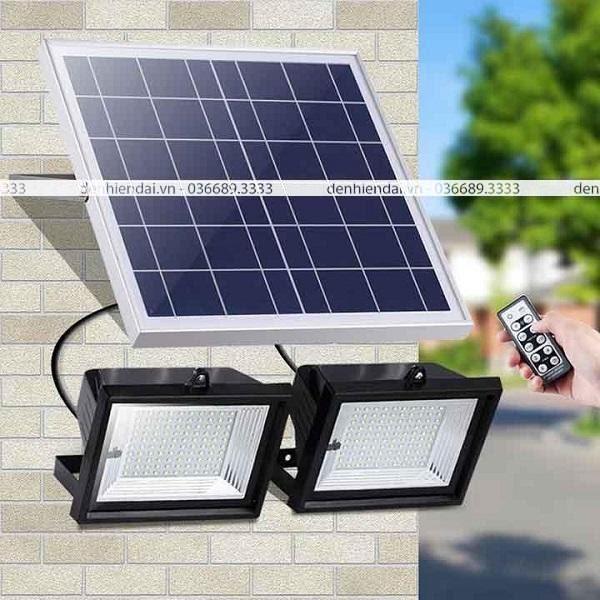 Tấm pin mặt trời được trang bị giúp đèn tích trữ năng lượng